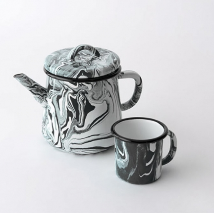 'MARBLE' ENAMEL TEA POT & MUG