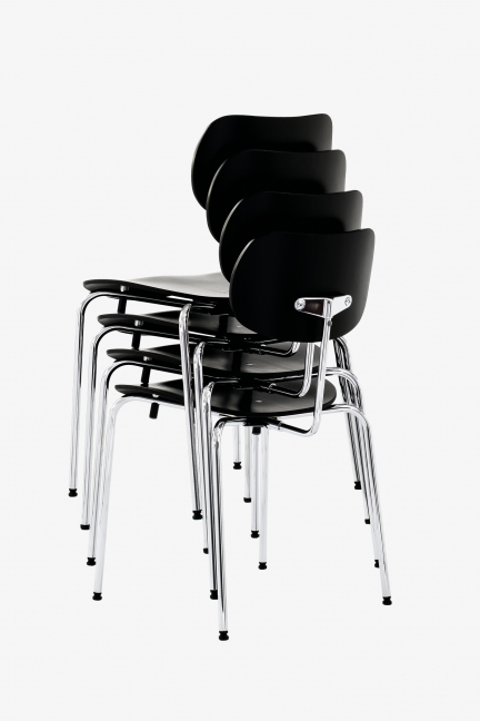 SE 68 SU STACKABLE CHAIR